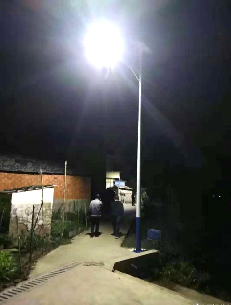6米太阳能路灯_太阳能道路灯_南德新农村太阳能路灯