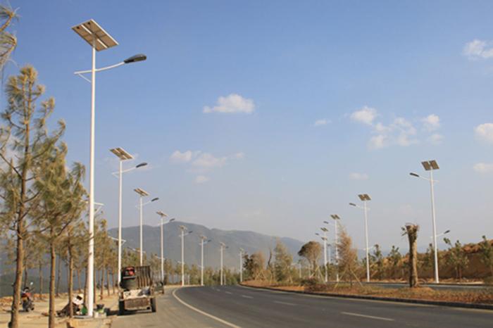 太阳能路灯_300w太阳能路灯_南德太阳能路灯