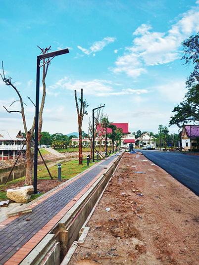 泰国太阳能一体化路灯工程案例