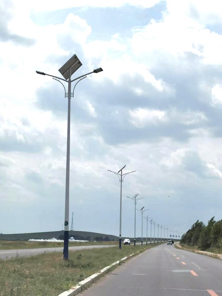 太阳能节能路灯_太阳能led路灯_南德太阳能路灯厂家