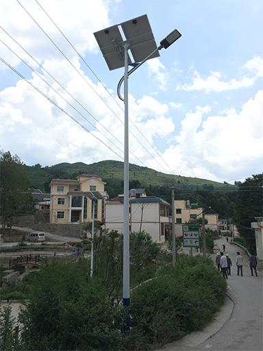 贵州六盘水市盘县龙吉村太阳能路灯工程案例