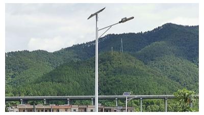 led太阳能路灯不容易突然间就关灯的缘故