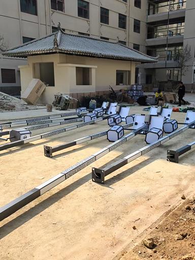 云南安宁市工厂区安装太阳能庭院灯