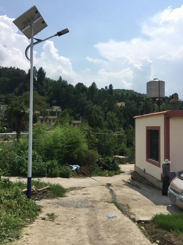 新疆太阳能路灯_农村太阳能路灯_LED太阳能路灯