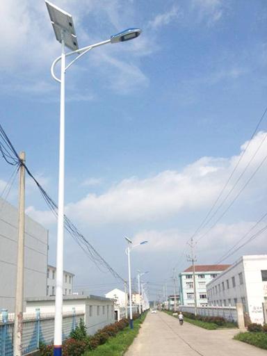 四川南充:募款近七十万,安装356盏太阳能路灯,让乡村和城内一样