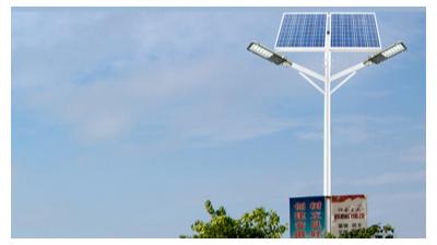 买太阳能路灯只看太阳能路灯价格及图片可以吗?