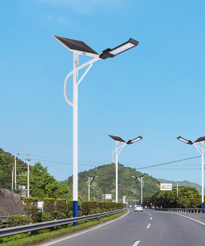 300W太阳能路灯_6米太阳能路灯_南德太阳能路灯生产厂家