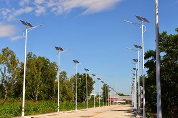 太阳能LED路灯