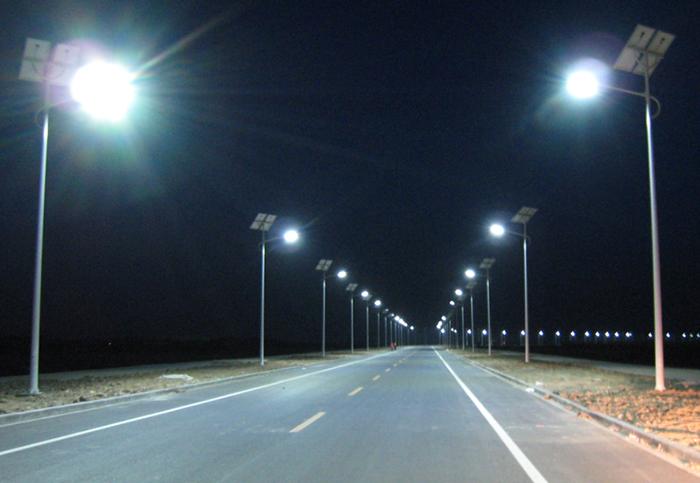中山南德太阳能灯饰有限公司-太阳能路灯