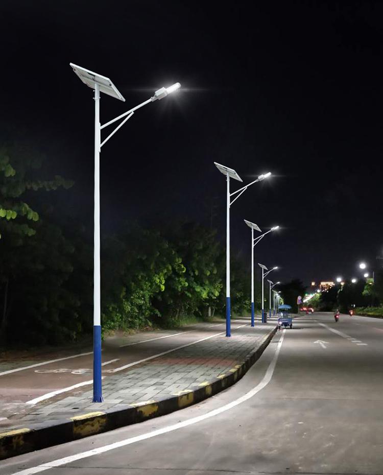 太阳能路灯_6米30W太阳能路灯_中山南德太阳能路灯厂家