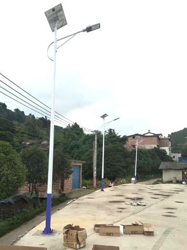 浸泡塆村:170盏新农村太阳能路灯 点亮乡村小康生活路