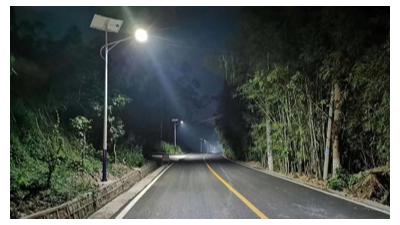 太阳能路灯厂家制作的路灯性价比如何