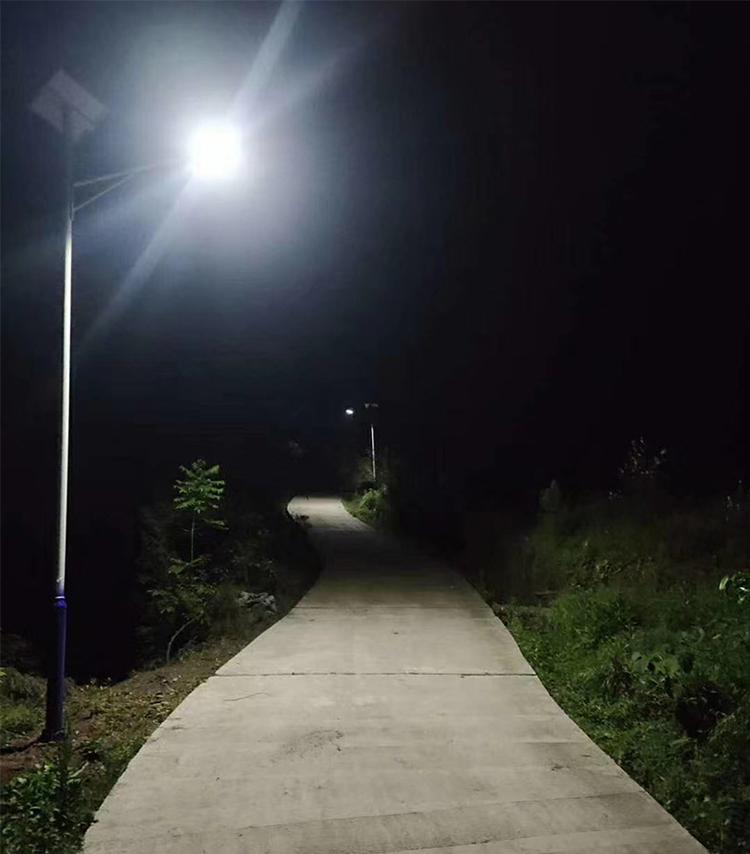 LED太阳能路灯_南德太阳能路灯_中山太阳能路灯厂家