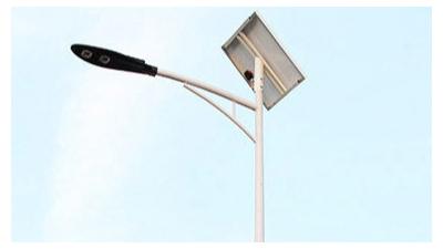 6米太阳能路灯存有高的安全性性能