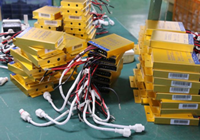 南德太阳能控制器 南德太阳能路灯生产厂家