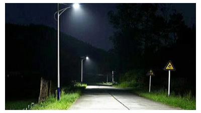 如何让新农村太阳能路灯的使用寿命更长