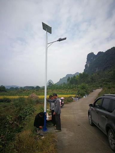 广西河池太阳能路灯工程案例