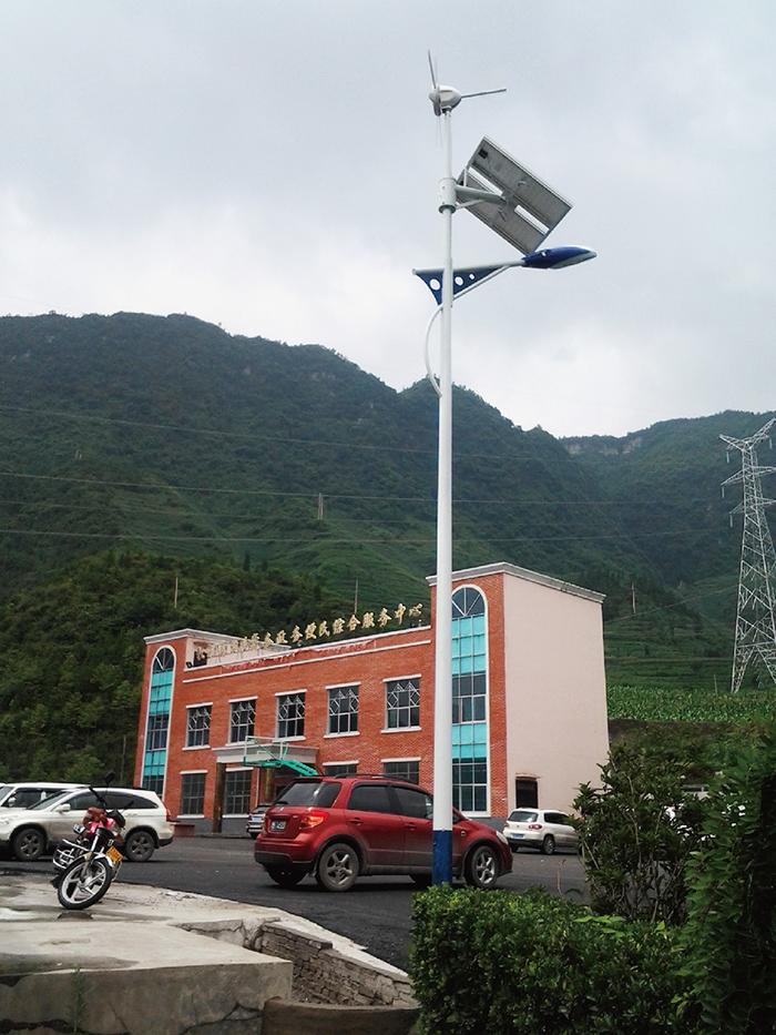 太阳能LED路灯_农村太阳能路灯_太阳能路灯一般多少钱
