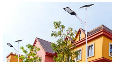 农村太阳能路灯能够365天每天亮灯吗?