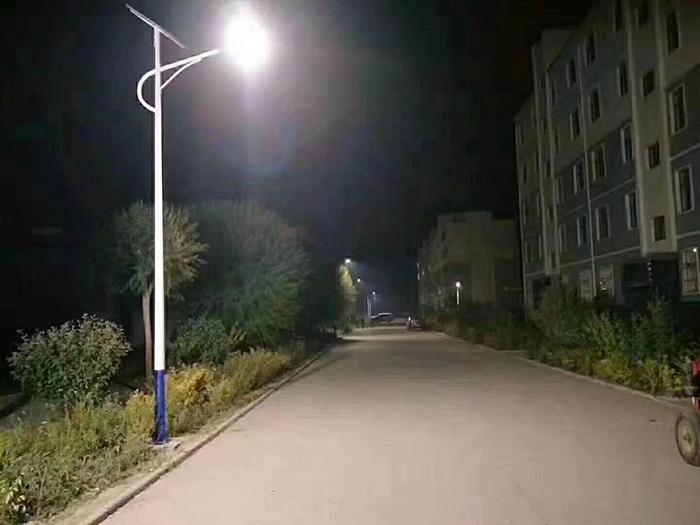 太阳能路灯 南德太阳能路灯生产厂家 中山太阳能路灯路灯厂家