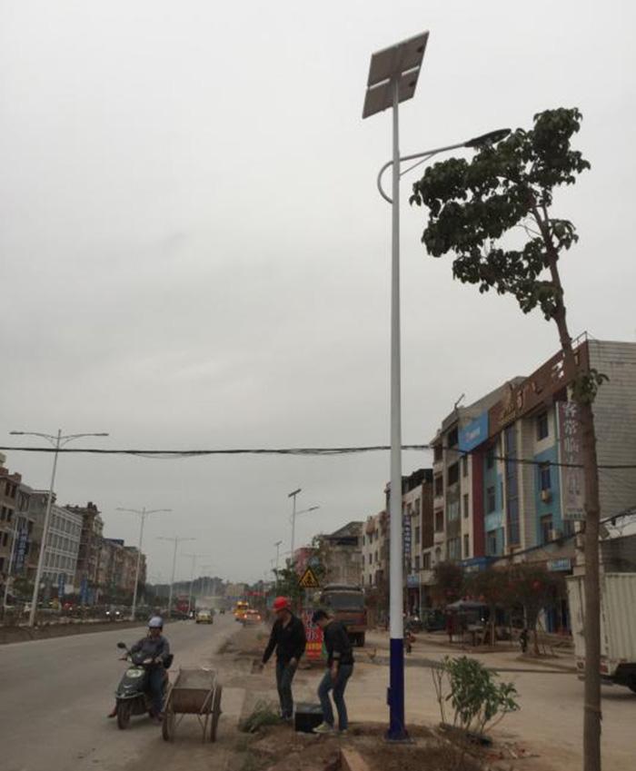 广西梧州藤县塘步镇太阳能路灯