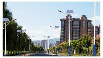 同样功率太阳能路灯为什么太阳能路灯厂家价格不同?