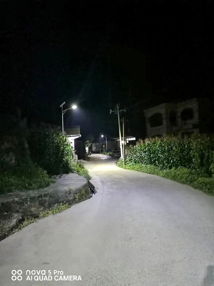 6米太阳能路灯_新农村太阳能路灯_南德led太阳能路灯