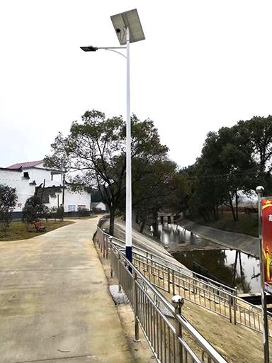 河南:太阳能路灯照亮人民群众幸福的生活
