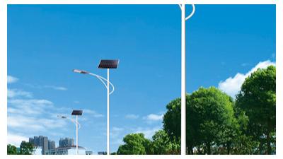 太阳能路灯生产厂家的整体实力较为也是在一般路灯的前边
