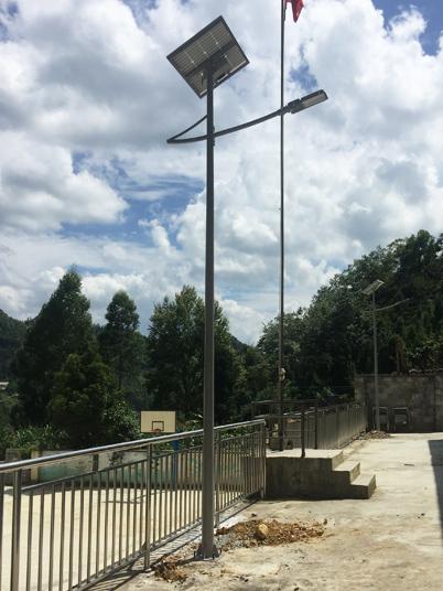 广西省百色市乐业县新化镇中心学校太阳能路灯工程案例
