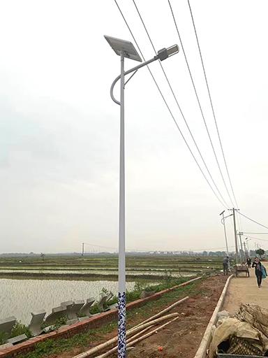 福建三元:137盏南德太阳能路灯照亮回乡路