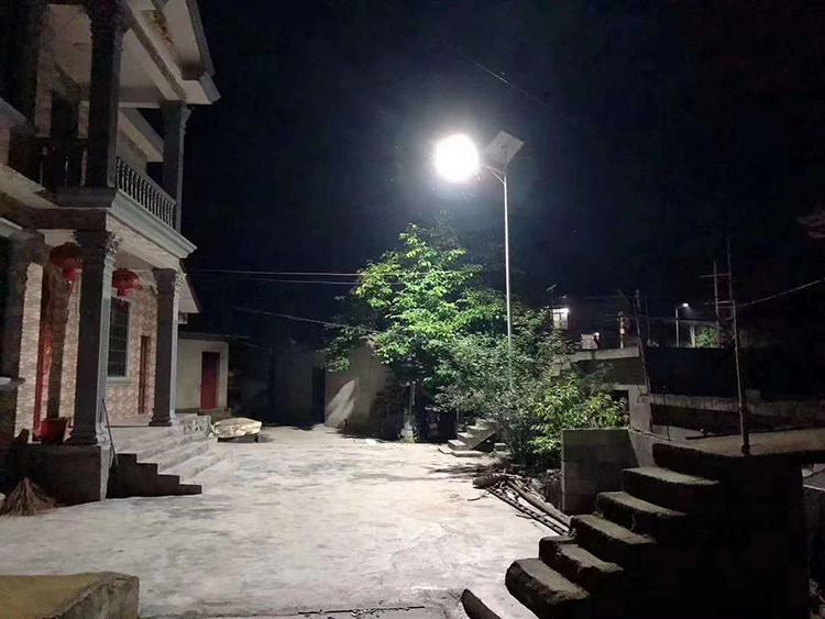 广东太阳能路灯_新农村太阳能路灯_南德太阳能路灯厂家