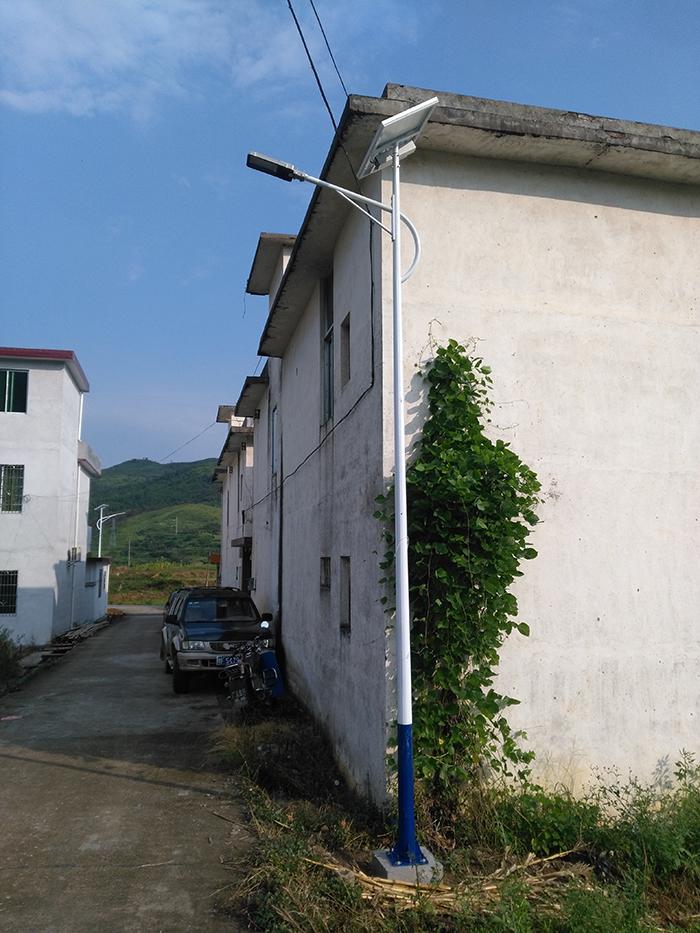 太阳能路灯 6米农村太阳能路灯 南德太阳能灯饰有限公司