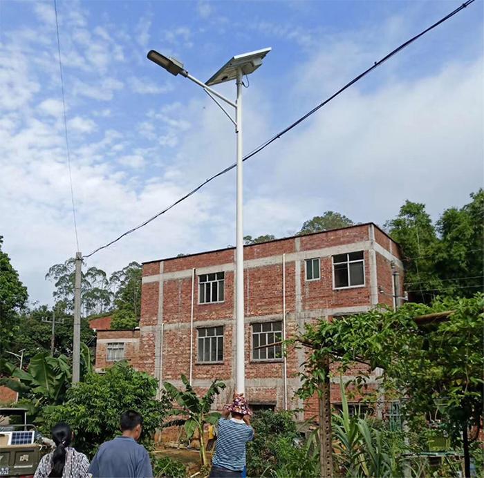 新农村太阳能路灯_太阳能路灯厂家哪里好_南德太阳能路灯厂家