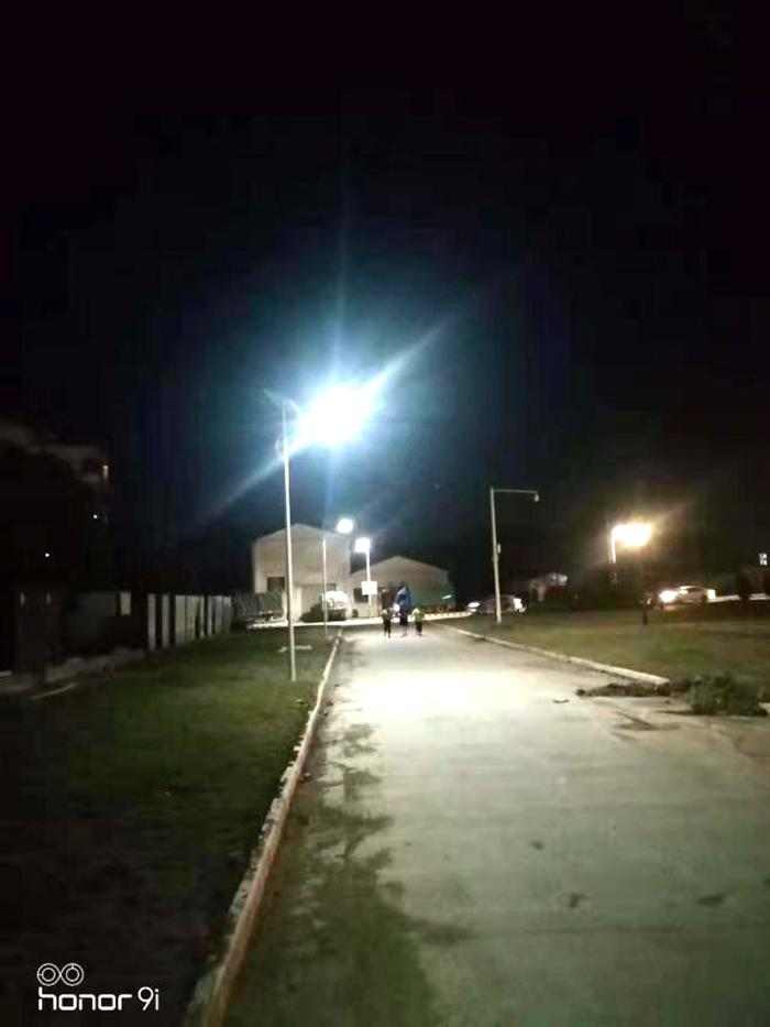 6米40W太阳能路灯 太阳能锂电池路灯 南德太阳能灯饰有限公司
